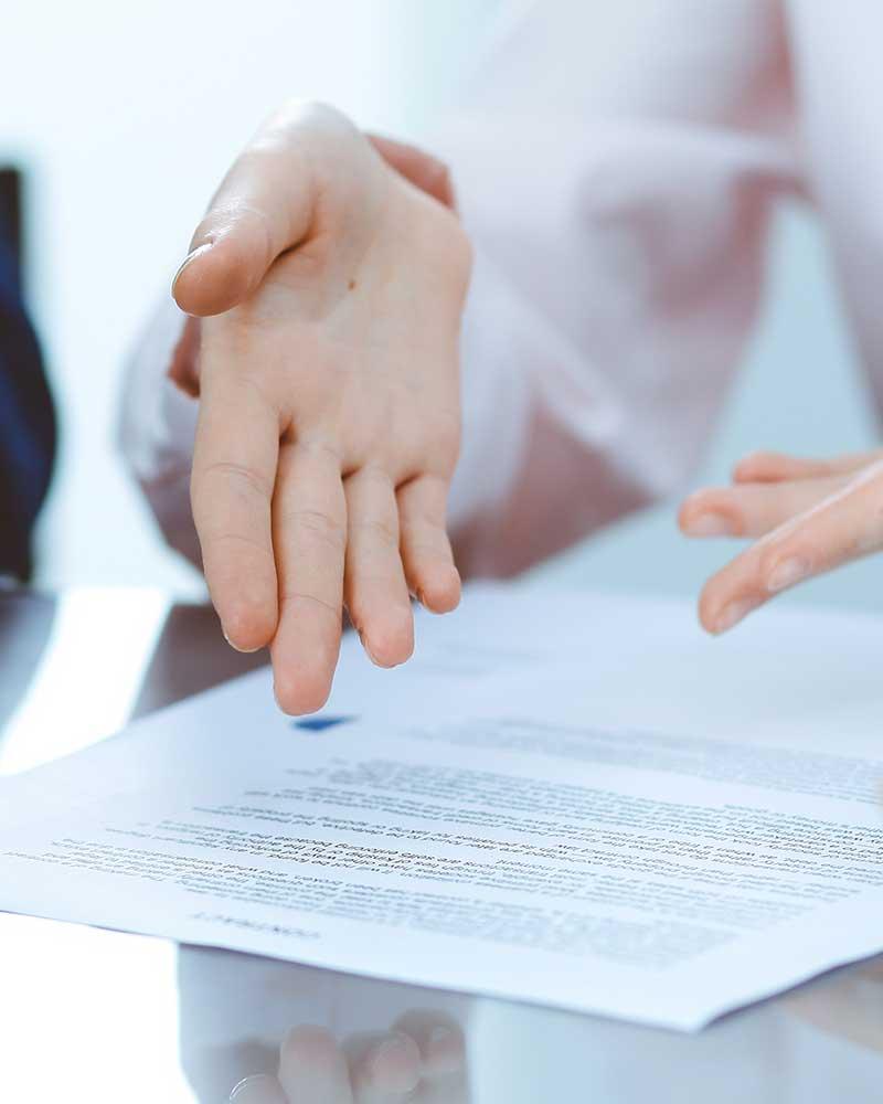 Forderungsbetreibung, Dr. jur. Christina Hellmuth, Rechtsanwältin und Steuerberaterin in Lauf an der Pegnitz