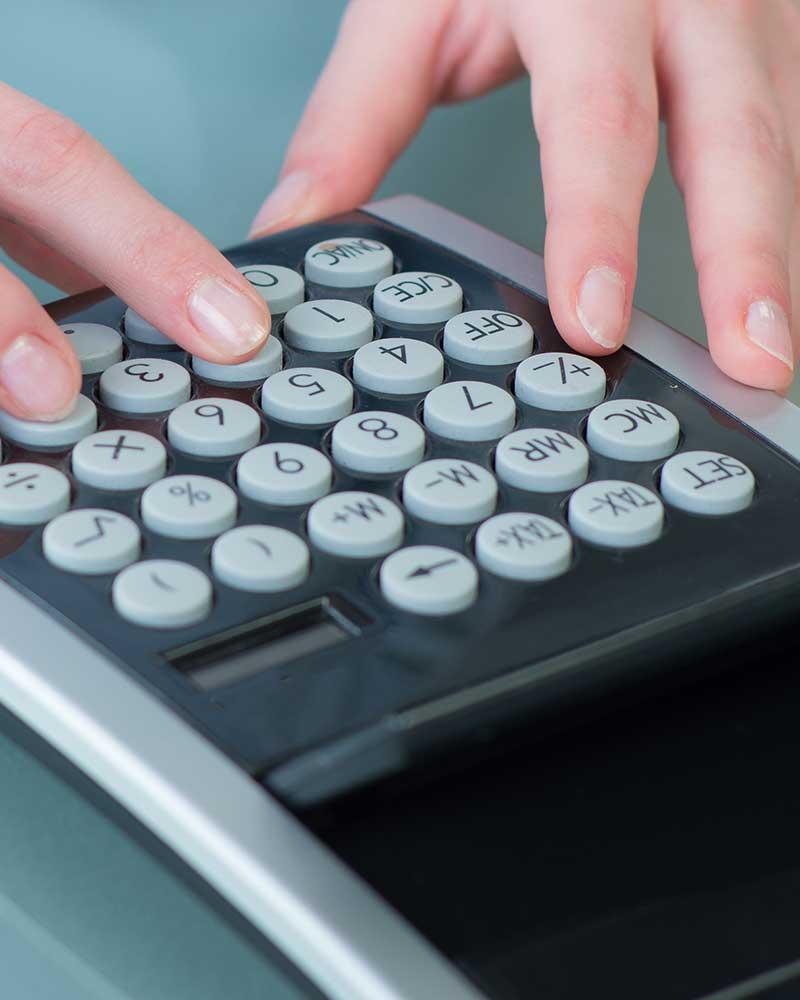 Rechnungswesen, Dr. jur. Christina Hellmuth, Rechtsanwältin und Steuerberaterin in Lauf an der Pegnitz
