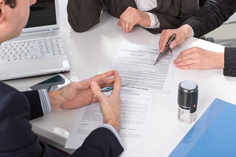 Wirtschaftsberatung, Dr. jur. Christina Hellmuth, Rechtsanwältin und Steuerberaterin in Lauf an der Pegnitz